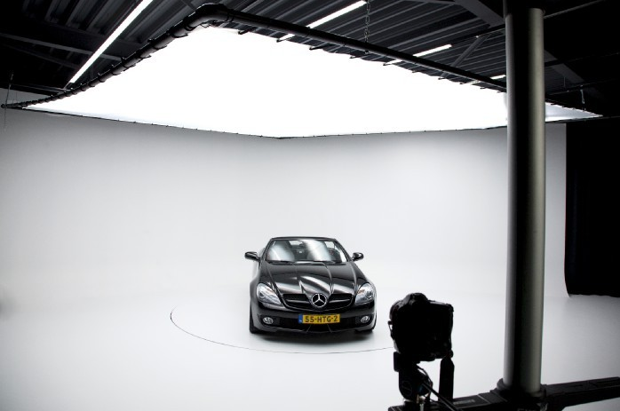 Fotostudio Autohändler mit Limbowand®
